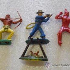 Figuras de Goma y PVC: LOTE INDIOS, COW-BOY TYMPO TOYS, STARLUX. Lote 25511025