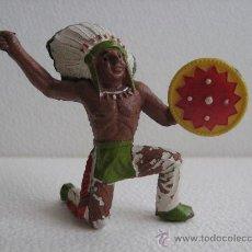 Figuras de Goma y PVC: INDIO RODILLA EN TIERRA.. Lote 26282898