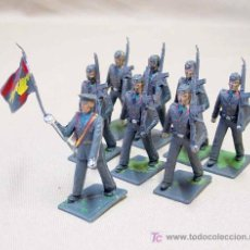Figuras de Goma y PVC: 8 FIGURAS SOLDADO DESFILE AEREO AVIACION, REAMSA, 60S. Lote 13180001