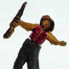 Figuras de Goma y PVC: VAQUERO A PIE DE GAMA EN GOMA AÑOS 50. Lote 13804431