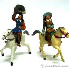 Figuras de Borracha e PVC: 2 MOSQUETEROS A CABALLO STARLUX FRANCESES AÑOS 50. Lote 13820722