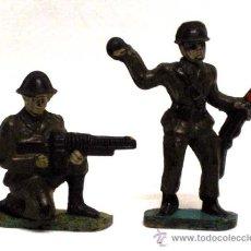 Figuras de Goma y PVC: 2 SOLDADOS DE CAPELL 2ª GUERRA MUNDIAL. Lote 13934693