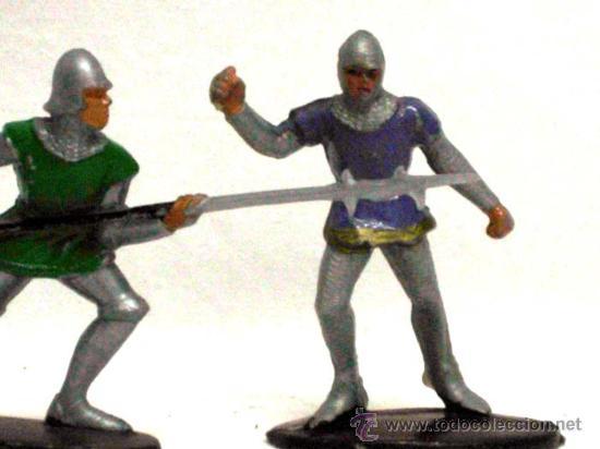 Figuras de Goma y PVC: 5 medievales de Quiralu años 60 - Foto 4 - 14660895
