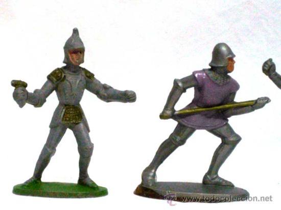 Figuras de Goma y PVC: 4 medievales a pie de Quiralu años 60 - Foto 2 - 14660981