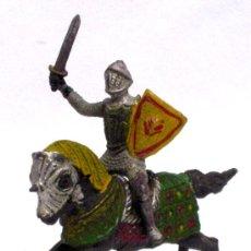 Figuras de Goma y PVC: CABALLERO MEDIEVAL DE REAMSA EN GOMA AÑOS 50. Lote 14683143