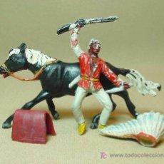 Figuras de Goma y PVC: FIGURA DE GOMA, INDIO CON FUSIL Y COMPLEMENTOS, FABRICADO POR JECSAN, , 1950S. Lote 16031761