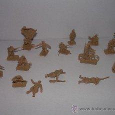 Figuras de Goma y PVC: ANTIGUOS SOLDADOS DE PLASTICO. Lote 26555080