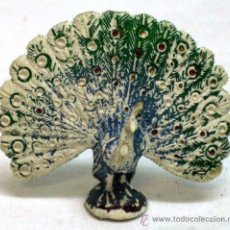 Figuras de Goma y PVC: PAVO REAL DE PECH EN PLÁSTICO AÑOS 60. Lote 17216494