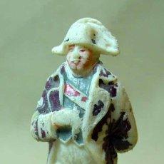 Figuras de Goma y PVC: FIGURA DE PLASTICO, SERIE NAPOLEONICOS, NAPOLEON, SOLDADO OFICIAL FRANCES, JECSAN, RARO. Lote 17721487