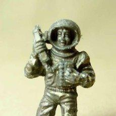 Figuras de Goma y PVC: FIGURA DE PLASTICO, PREMIUM, ASTRONAUTA, COSMONAUTA, SPACE CAMY JET , . Lote 19332267