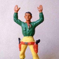 Figuras de Goma y PVC: FIGURA DE PLASTICO, COW BOY, VAQUERO, FABRICADO POR STARLUX, , 1960S, FRANCIA. Lote 20134895
