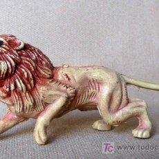 Figuras de Goma y PVC: FIGURA DE PLASTICO, LEON, FABRICADO POR PECH, NO JECSAN. Lote 21734618