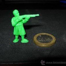 Figuras de Goma y PVC: FIGURITA SOLDADO RUSO 9. Lote 27324390
