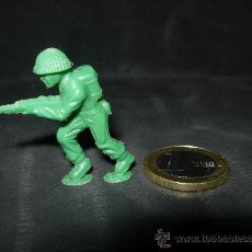 Figuras de Goma y PVC: FIGURITA DUNKIN SOLDADO AMERICANO 13. Lote 25684723
