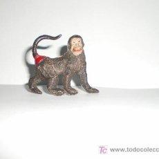 Figuras de Goma y PVC: MONO DE PECH. GOMA. Lote 26269422