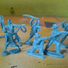 Figuras de Goma y PVC: FIGURAS DE PLASTICO COWBOYS 1/72. Lote 29159981