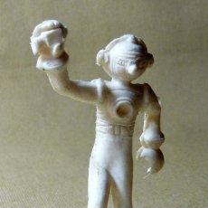 Figuras de Goma y PVC: FIGURA DE PLASTICO, PIPERO, ESPACIAL, MARCIANO, , PREMIUM ? PANRICO ?. Lote 21245119