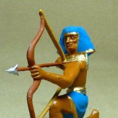 Figuras de Goma y PVC: FIGURA PLASTICO, EGIPCIO, FUSILADO DE JECSAN, PINTADO A MANO, 7 CM. Lote 21800099