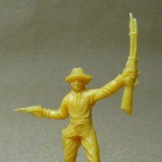 Figuras de Goma y PVC: FIGURA DE PLASTICO, COW BOY, VAQUERO, MINI OESTE, MINI COMANSI, COMANSI, 1970S. Lote 21729519