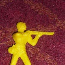 Figuras de Goma y PVC: SOLDADO CASCOS AZULES COMANSI-NOVOLINEA .AÑOS 70. Lote 22109842