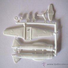 Figuras de Goma y PVC: MONTAPLEX - AVION ZERO SERIE 600 Nº 604 COLOR BLANCO - AÑOS 70 - MADE IN SPAIN. Lote 236870155