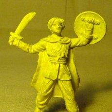 Figuras de Goma y PVC: RARA FIGURA MUSULMAN, DE PLASTICO, PIPERO. Lote 22536178