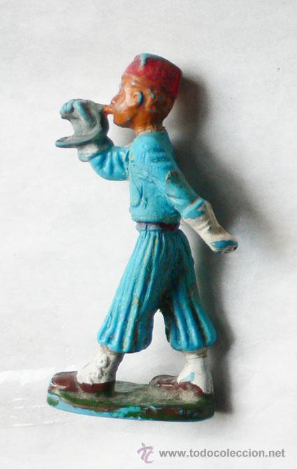 Figuras de Goma y PVC: Soldado de plástico, 5,3 cms alto. Marcada Starlux.- Vell i Bell - Foto 2 - 25839994