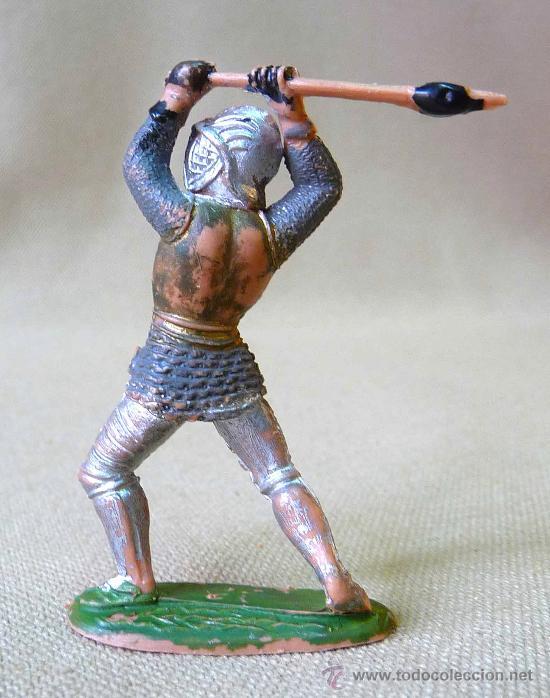 Figuras de Goma y PVC: FIGURA EN PLASTICO, SOLDADO MEDIAVAL, CON LANZA, FABRICADO POR REAMSA. 50s MEDIDAS: FIGURA DE 6,5 cm - Foto 2 - 35226760