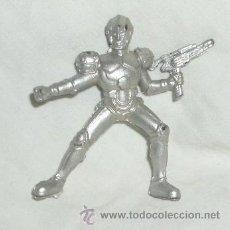 Figuras de Goma y PVC: MUÑECO ESPACIAL,GOMA,AÑOS 50. Lote 24281232