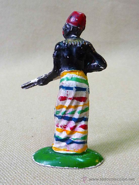 Figuras de Goma y PVC: FIGURA GOMA, ASKARI, NEGRO AFRICANO, SERIE NEGROS Y SAFARI PECH, 1950S - Foto 2 - 25137647