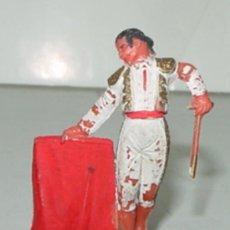 Figuras de Goma y PVC: ANTIGUAS FIGURA DE TORERO - TEXIDIDO - FIESTA DE TOROS - TAL COMO SE VE EN LA FOTOGRAFIA - TAL COMO . Lote 25653709