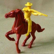 Figuras de Goma y PVC: FIGURA DE PLASTICO, VAQUERO O COW BOY, PIPERO. Lote 26274946