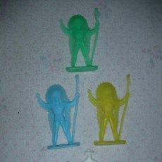 Figuras de Goma y PVC: LOTE DE INDIOS Y VAQUERO - ENVIO GRATIS A ESPAÑA. Lote 26182301