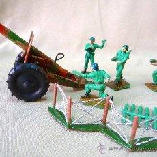 Figuras de Goma y PVC: 4 FIGURAS DE PLASTICO, SERVIDORES Y CAÑON + MUNICION, PECH HERMANOS, MARINES, SOLDADOS AMERICANOS. Lote 26187664