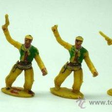 Figuras de Goma y PVC: 4 VAQUEROS DE SOTORRES EN PLÁSTICO AÑOS 60. Lote 26583319