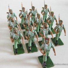 Figuras de Goma y PVC: 13 FIGURAS DE PLASTICO DE LEGIONARIOS ESPAÑOLAS - LEGION - PECH. Lote 26684183