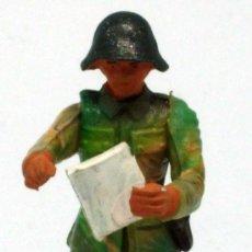 Figuras de Goma y PVC: SOLDADO ALEMÁN STARLUX CAMUFLAJE MAPA 2ª SEGUNDA GUERRA MUNDIAL AÑOS 70 PLÁSTICO. Lote 26841495
