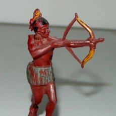 Figuras de Goma y PVC: ANTIGUA FIGURA DE INDIO DEL OESTE - TEIXIDO, ..TAL COMO SE VE EN LA FOTO. . Lote 27021611