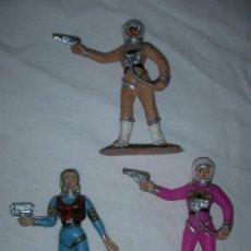 Figuras de Goma y PVC: ANTIGUAS FIGURAS ASTRONAUTAS INTERGALACTICOS. Lote 27140845