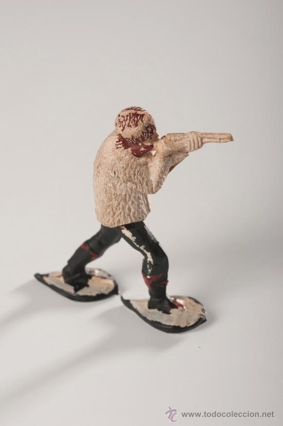 Figuras de Goma y PVC: Figura serie Canada, Esquiadores o Polar de Goma, Fabricado por Gama, Año 1950 - Foto 2 - 85894138