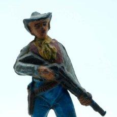 Figuras de Goma y PVC: VAQUERO PIE PECH HERMANOS GOMA AÑOS 50. Lote 27935848