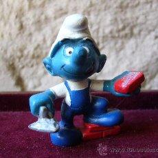 Figuras de Goma y PVC: PITUFO ALBAÑIL - SCHLEICH - WEST GERMANY - PEYO - 1982. Lote 27942839
