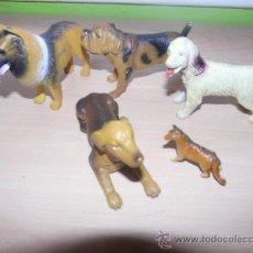Figuras de Goma y PVC: SET FIGURAS ANIMALES -PERROS-. Lote 28544394