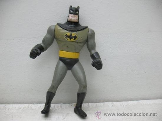 BATMAN -MUÑECO DE GOMA CON BRAZOS ARTICULADOS (Juguetes - Figuras de Goma y Pvc - Otras)