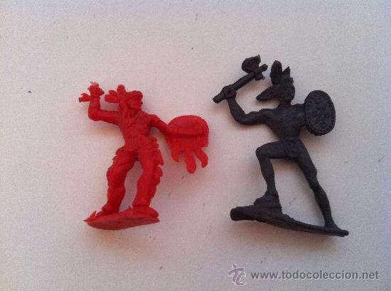LAFREDO. LOTE DE DOS FIGURAS. (Juguetes - Figuras de Goma y Pvc - Lafredo)