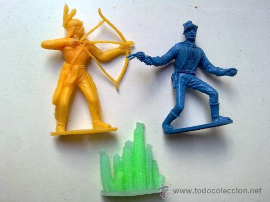 Figuras de Goma y PVC: indio y soldado, comansi, sin pintar y en , mas accesorio comansi, ver fotos, original - Foto 3 - 28910600