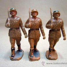 Figuras de Goma y PVC: FIGURAS DE PLASTICO, 3 SOLDADOS ESPAÑOLES, FABRICADO POR PECH . Lote 28933506