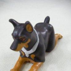 Figurines en Caoutchouc et PVC: PERRO TIPO DOBERMAN - ENVIO INCLUIDO A ESPAÑA. Lote 128632935