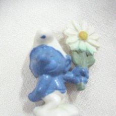 Figuras de Goma y PVC: PITUFO CON FLOR - ENVIO GRATIS A ESPAÑA. Lote 30824930