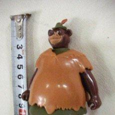 Figuras de Goma y PVC: OSO ROBIN HOOD - ENVIO INCLUIDO A ESPAÑA. Lote 30229610